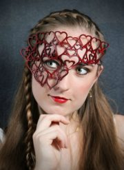 Queen Of Hearts Red Leather Mask